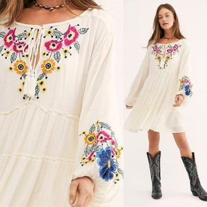 FREE PEOPLE Spell On Embroidered Boho Dress NEW